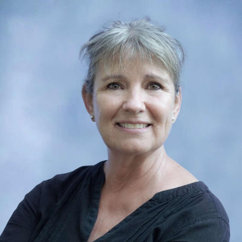 Karin Suart